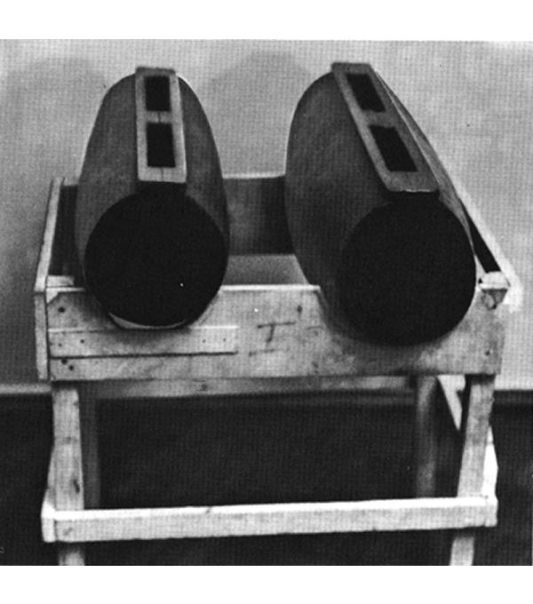 2 wooden drums